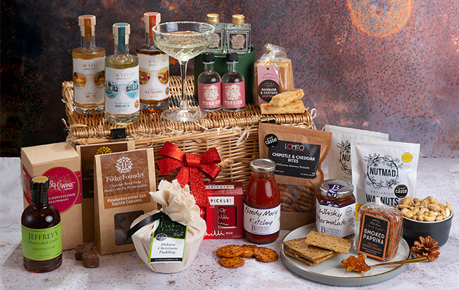 What Do You Consider Before Investing In ChristmasHampers? Get Expert Tips Here